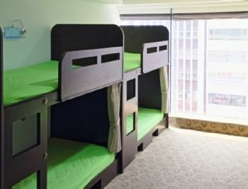 MaleDorm Room / Single Bunk Beds for 6 or 8