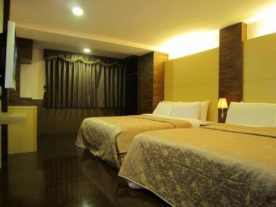 VIP Quad Room