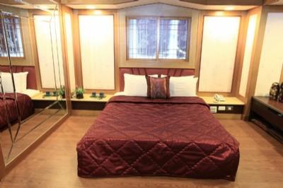 一大床套房