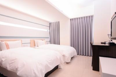 標準雙人房(兩小床)