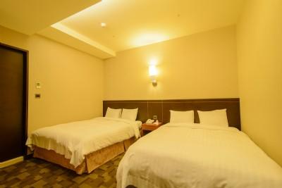 Luxury Quad Room
