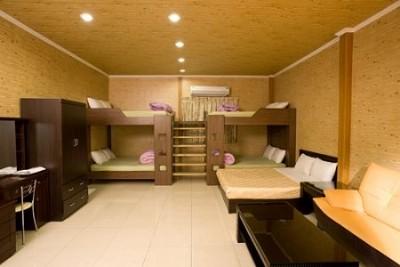 休闲木屋10人房