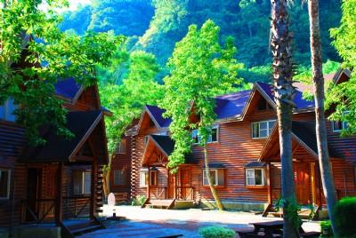 八人雙房獨棟木屋